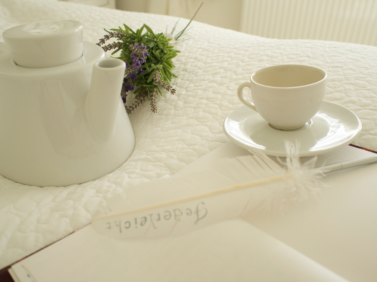 Shades of White, Have a tea.